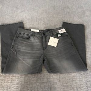 "Brand new with tags DL1961 ""Avery"" jeans sz 36"